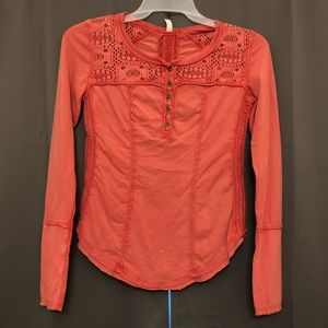 Free people coral Henley long sleeve small